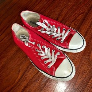 Great Condition Red Converse Chuck All Stars